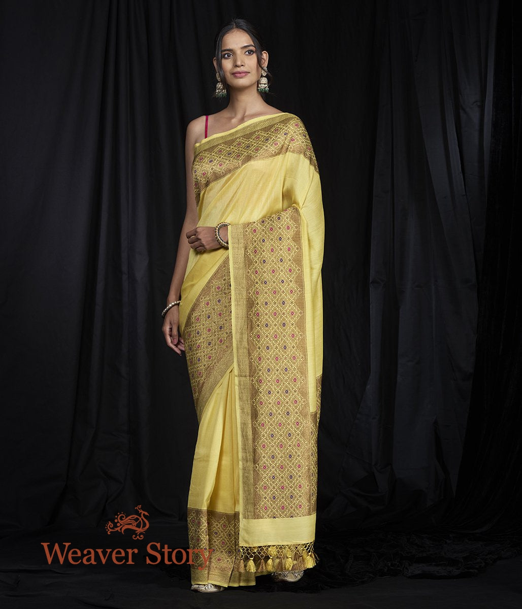 Handwoven Munga Silk Banarasi Saree with Meenakari Border