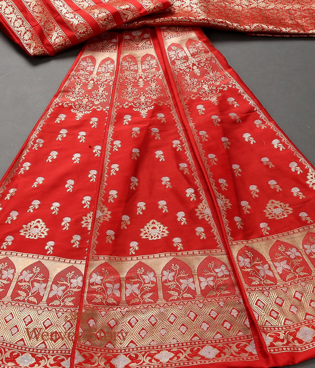 Handwoven Red Kadhwa Banarasi Lehenga with Meenakari