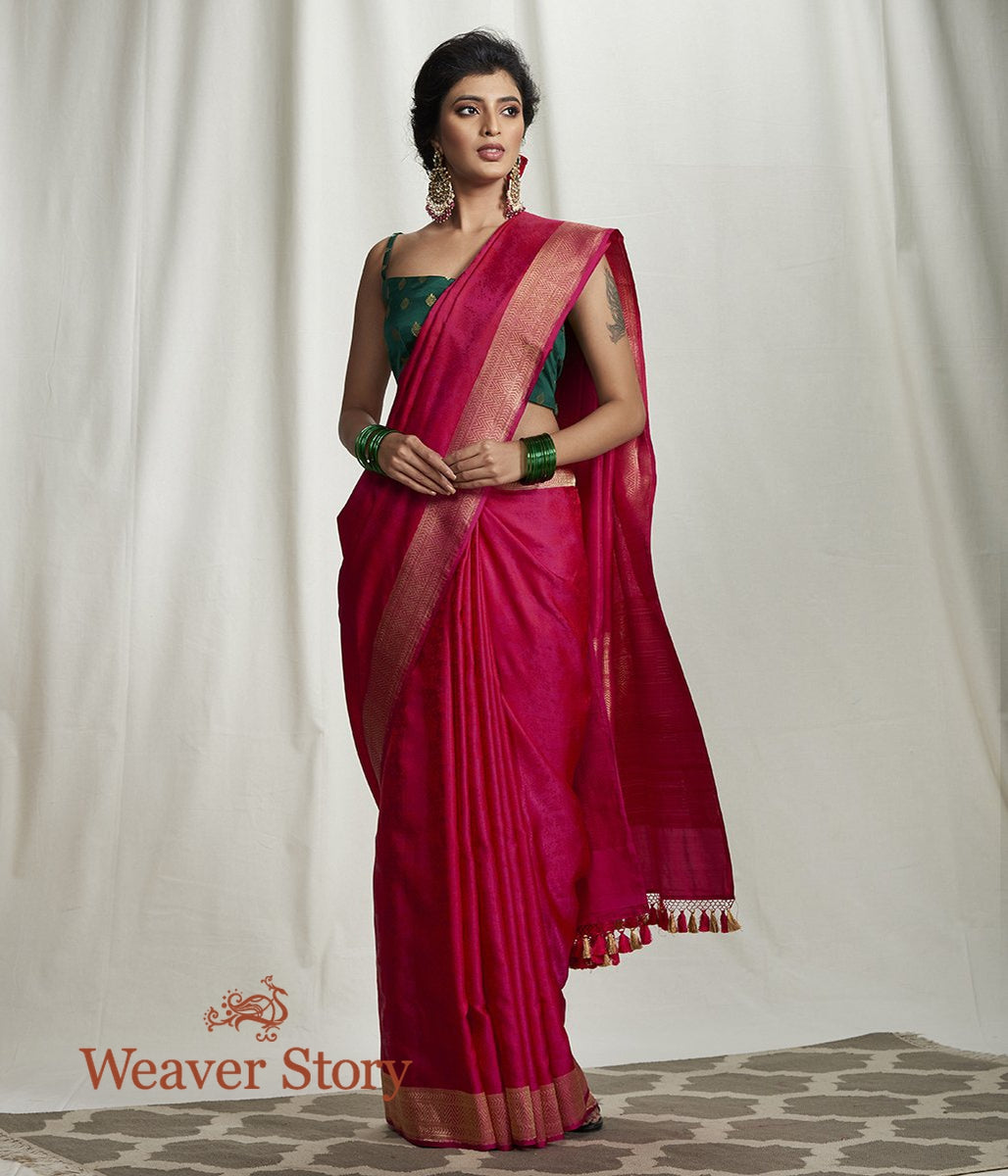 Handwoven Majenta Self Weave Tanchoi Saree with Chevron Border