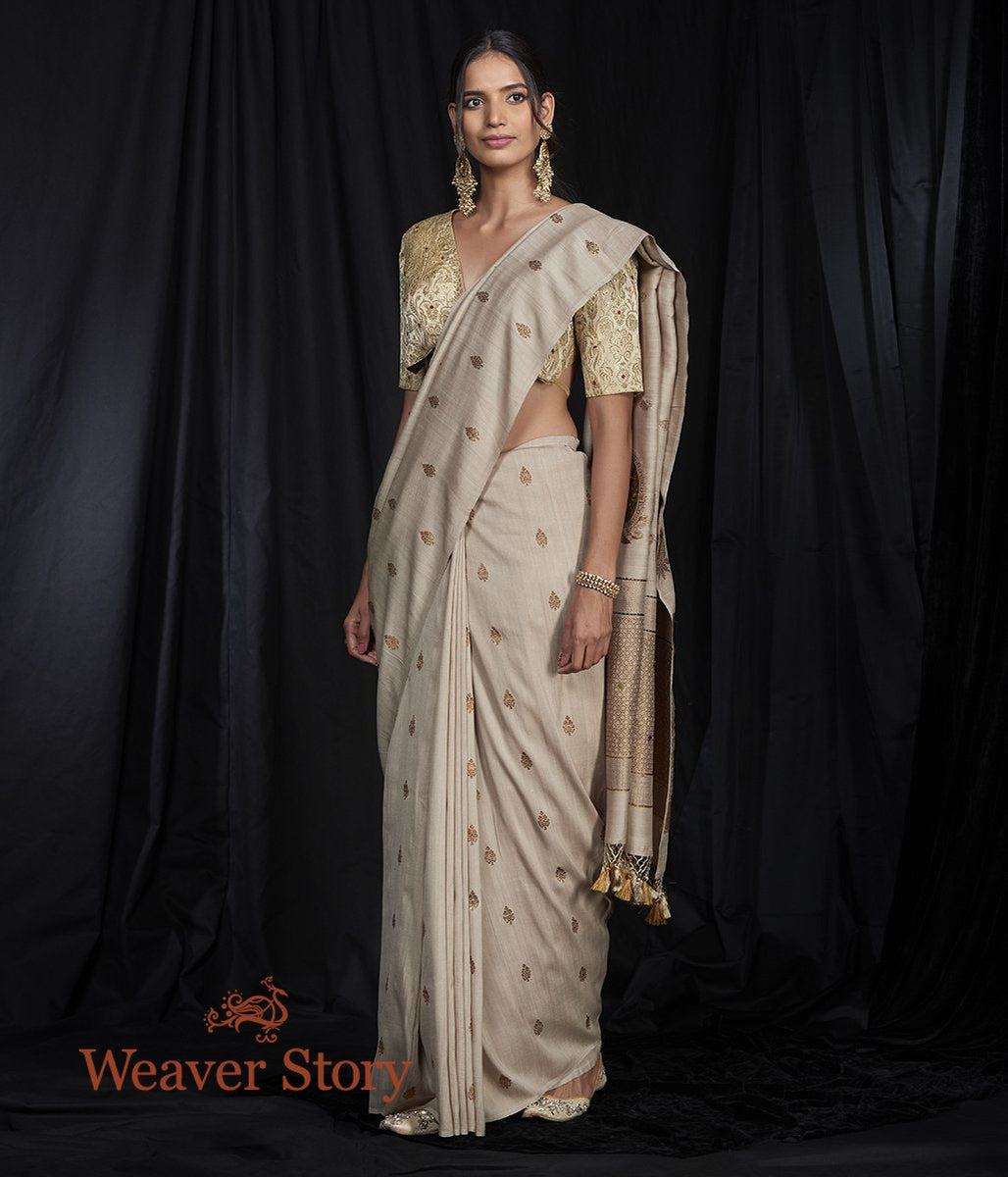 Handwoven Munga Saree with Small Booti and Kairi Pallu