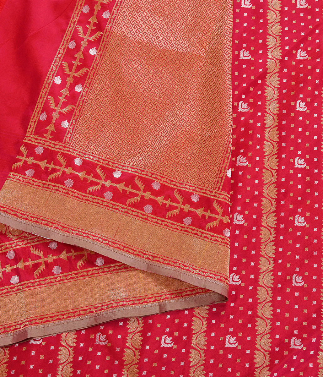 Handwoven Red and Rani Dual Tone Katan Silk Dupatta with Jamdani Weave