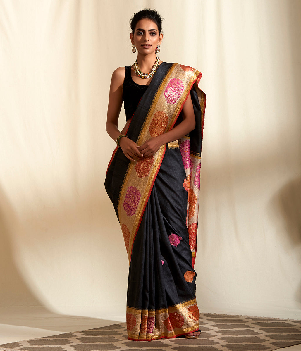 Handwoven Dark Grey Tusser Saree with Contrast Dye Border and Pallu