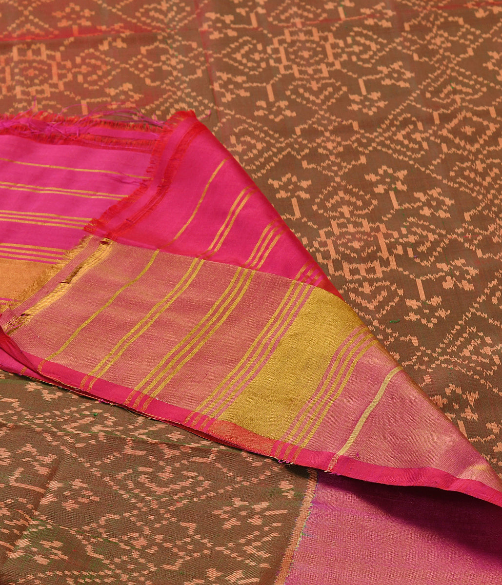 Handwoven Pink and Green dual tone single Ikat  Patola Duatta