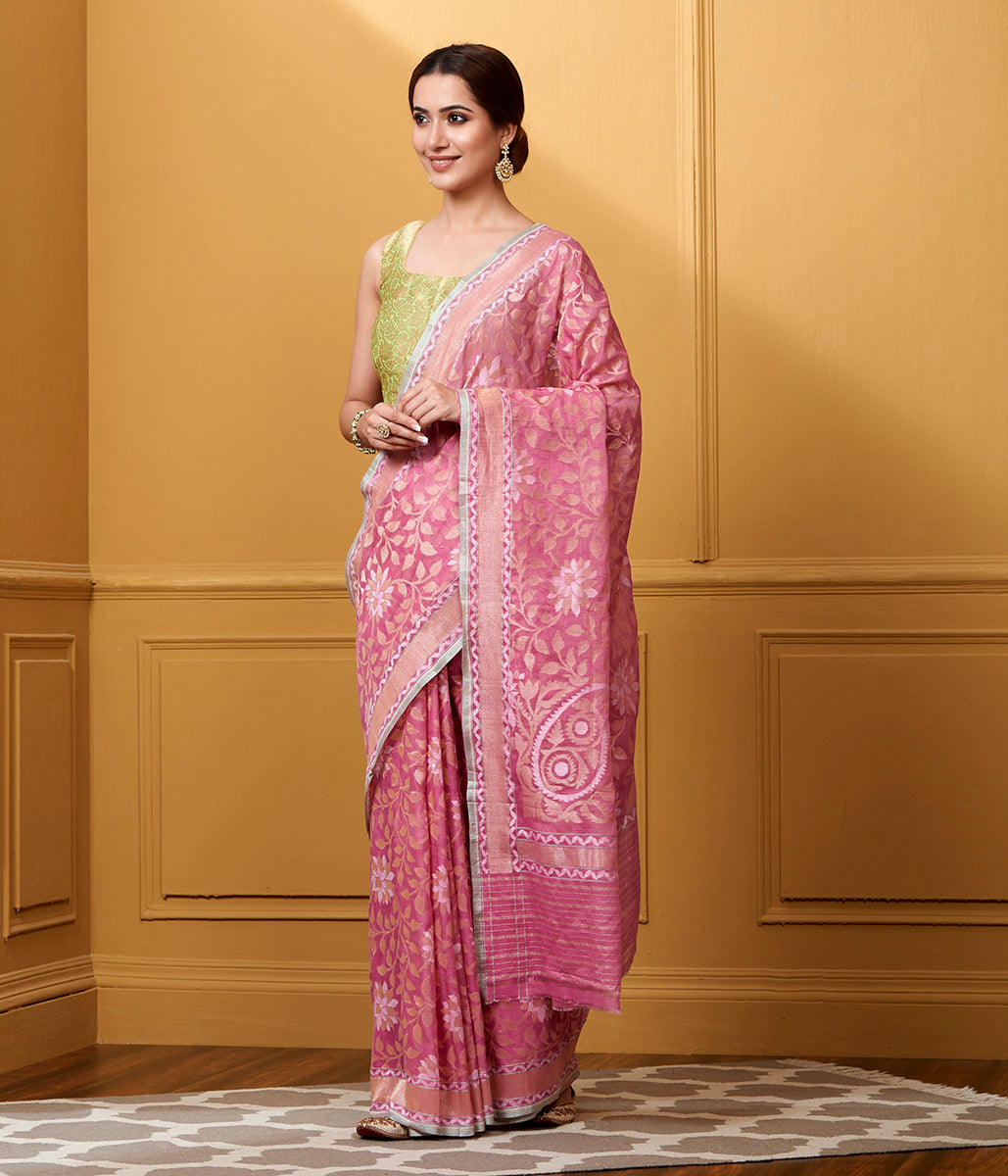 Handwoven pink cotton Jamdani saree