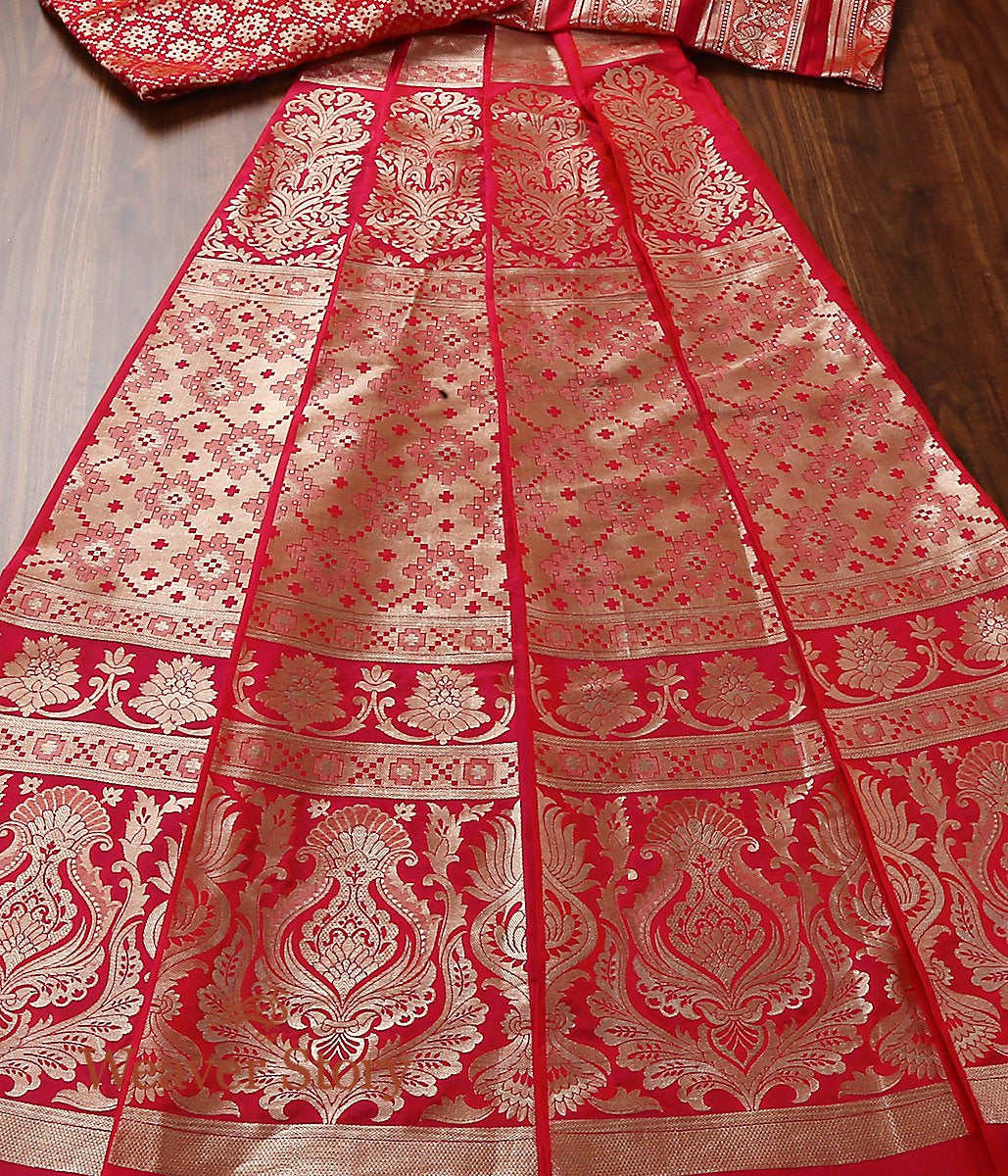 Handwoven Pink and Orange Dual Tone Banarasi Lehenga