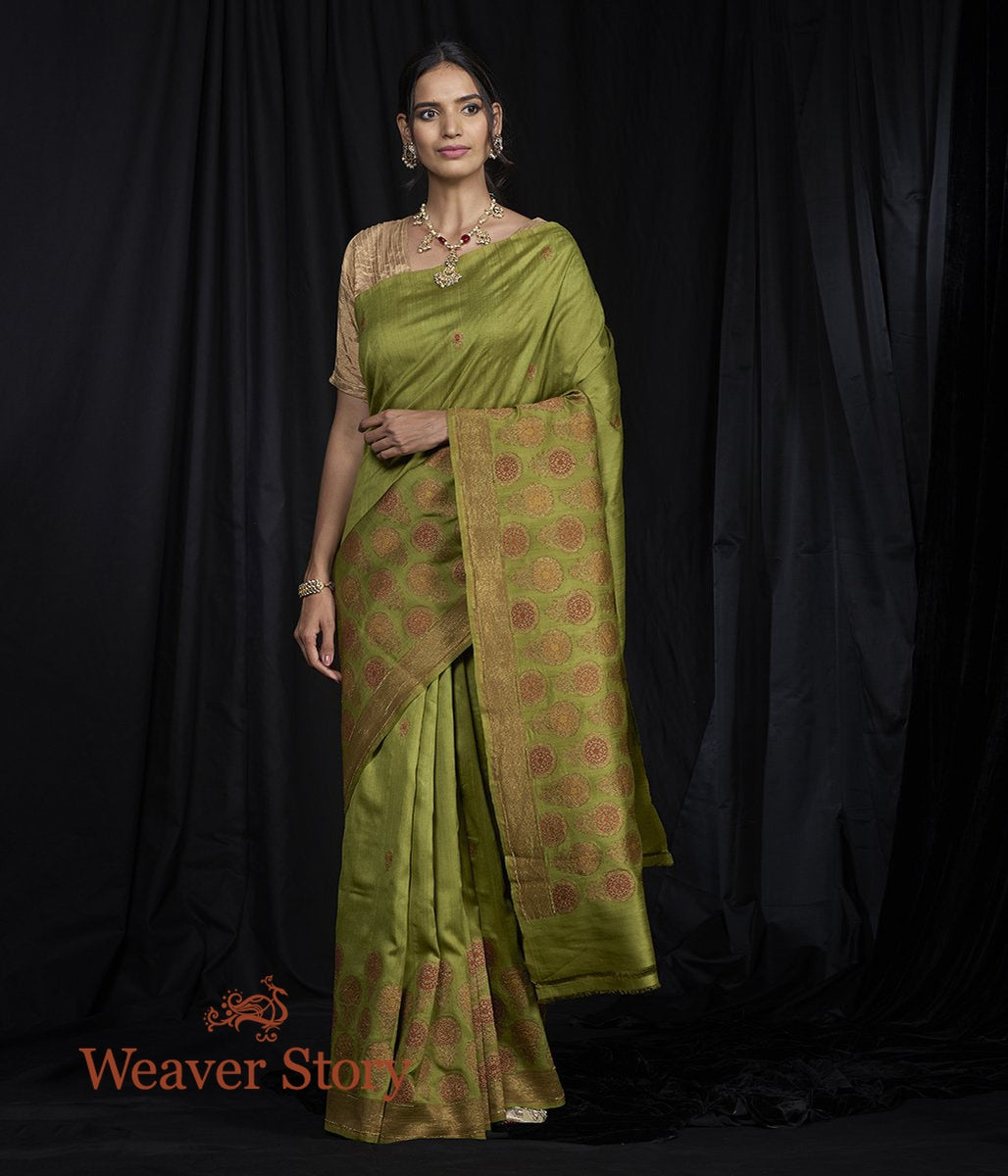 Handwoven Munga Saree with Big Floral Border