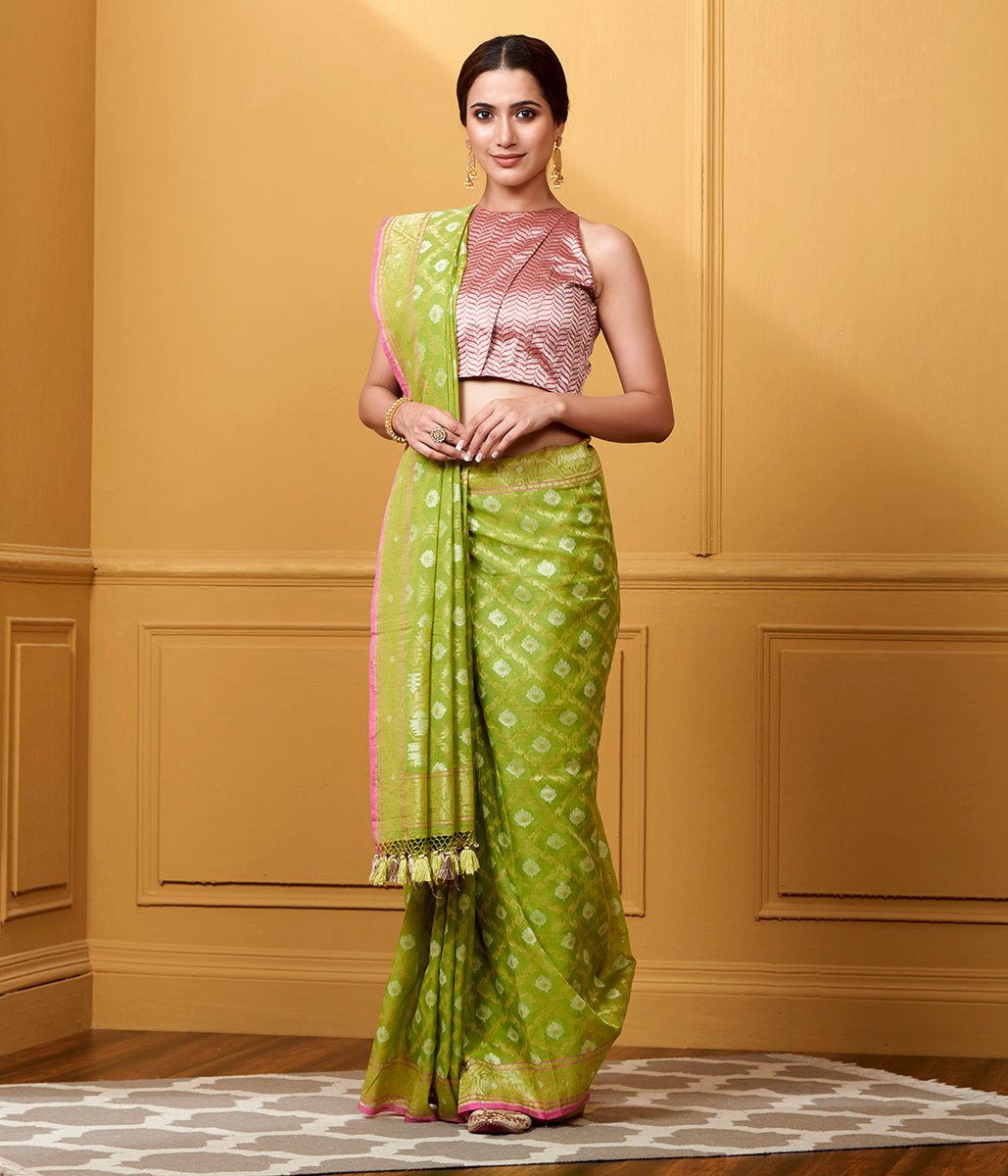 Handwoven Light Green Pure Cotton Jamdani Saree