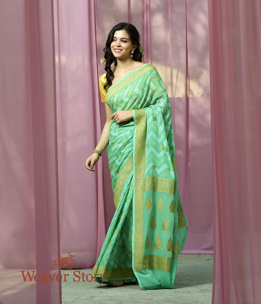 Handwoven Sea Green Bandhej Saree