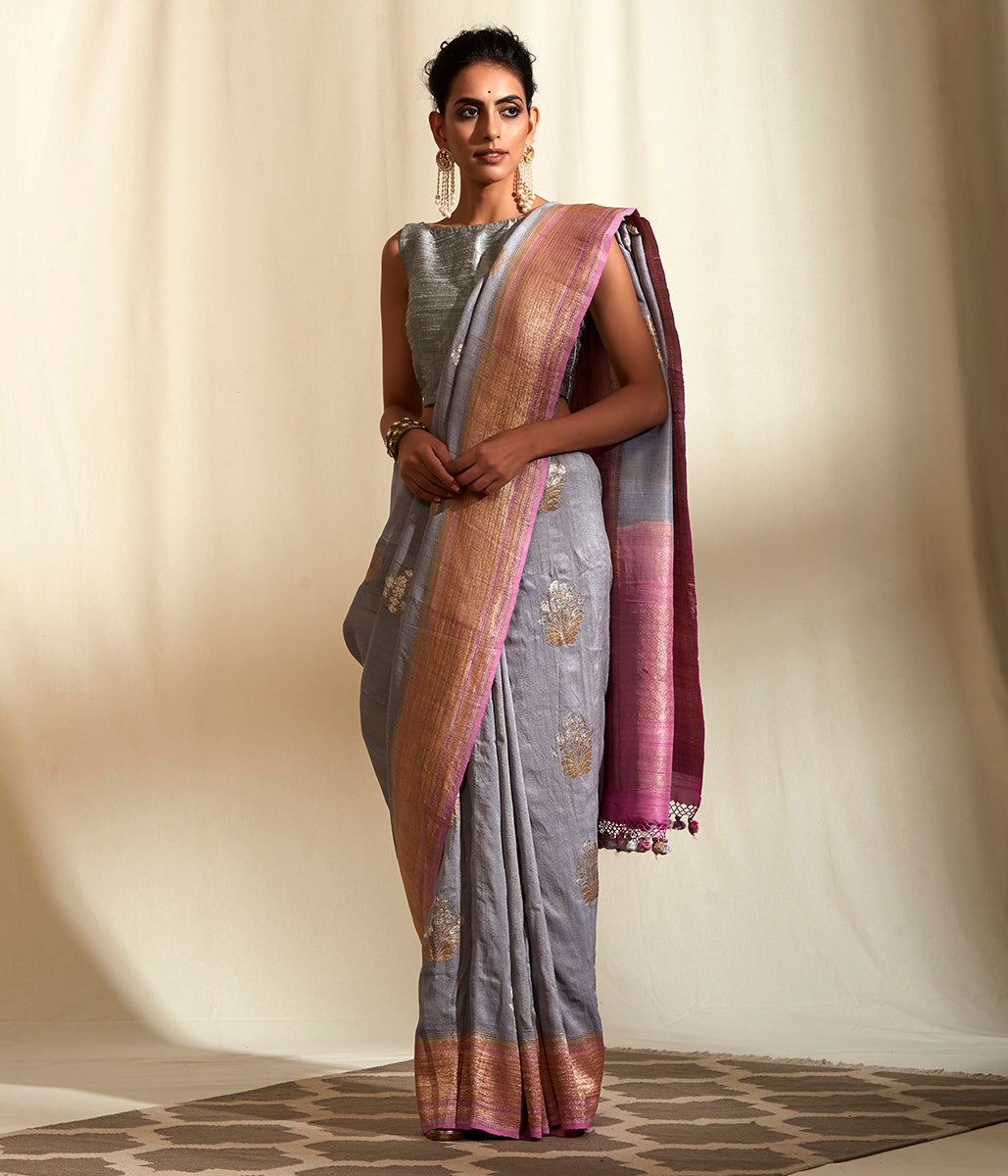 Handwoven Tusser Georegtte saree in grey with pink border and kadhwa booti