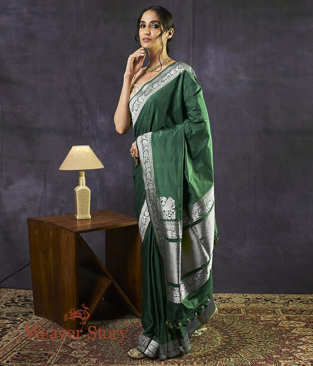Handwoven Emerald Green Katan Silk Saree with kadhwa Border and Pallu