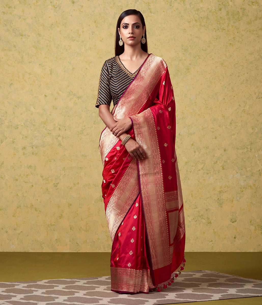Handwoven Red Pink Dual Tone Leaf Motif Saree