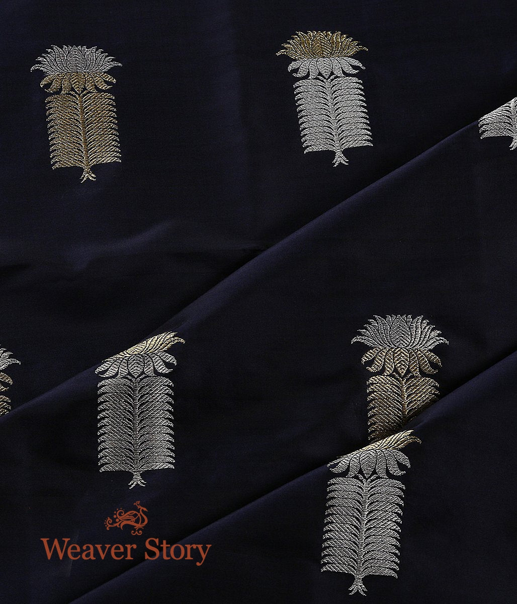 Handwoven Blue Kadhwa Booti Fabric