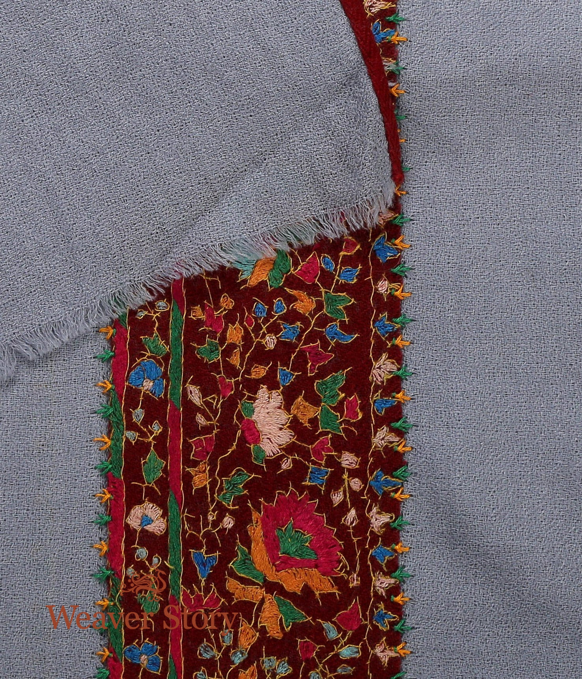 Grey Pashmina Muffler with Sozni Border