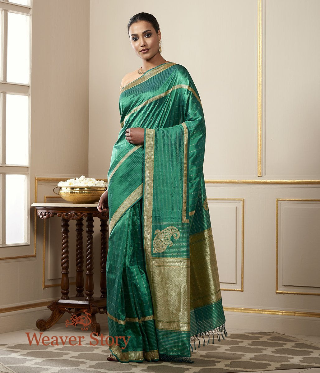 Handwoven Emerald Green Zari Checks Saree with Konia