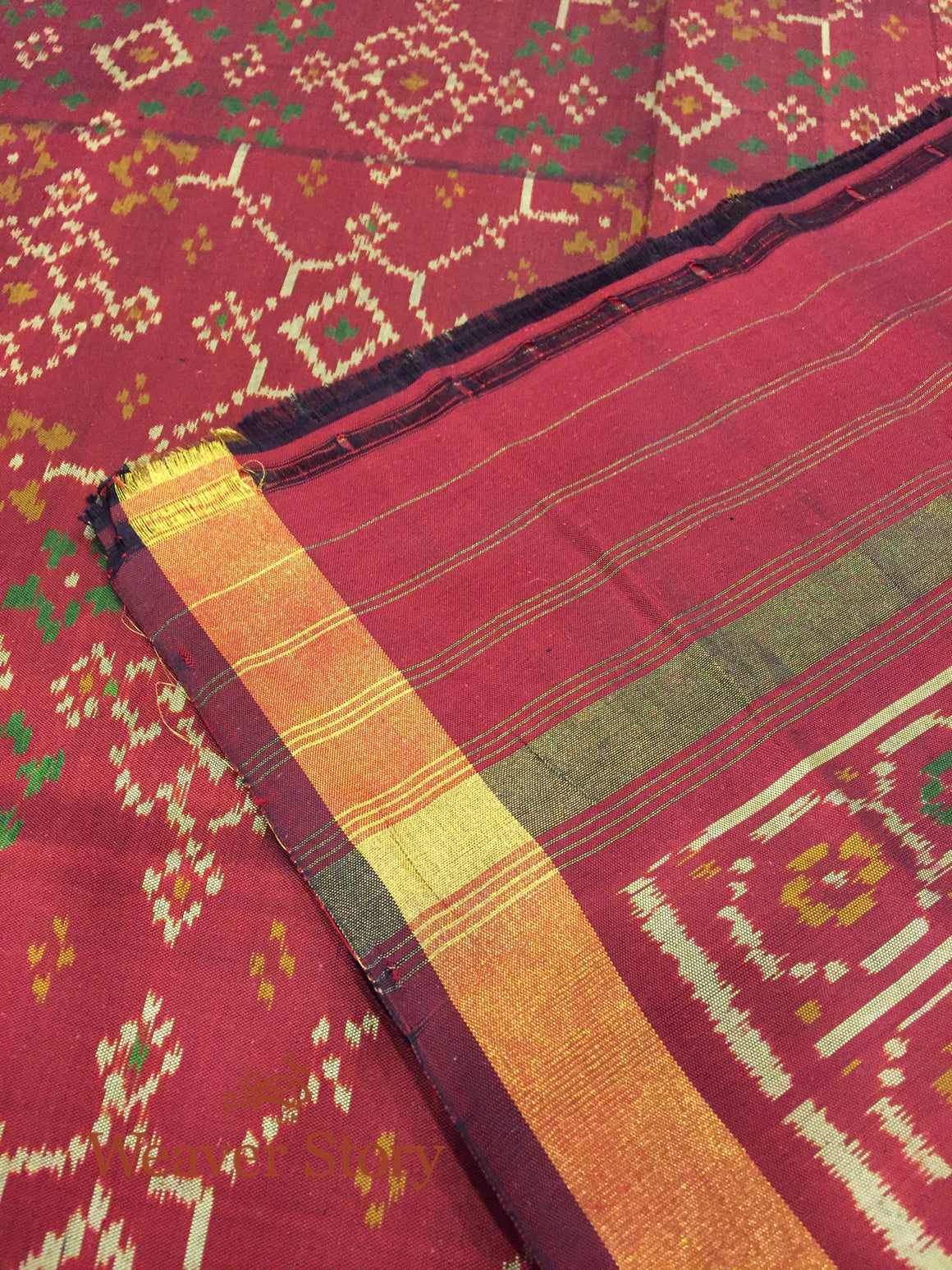 Handwoven Single Ikat Patola Dupatta in Maroon