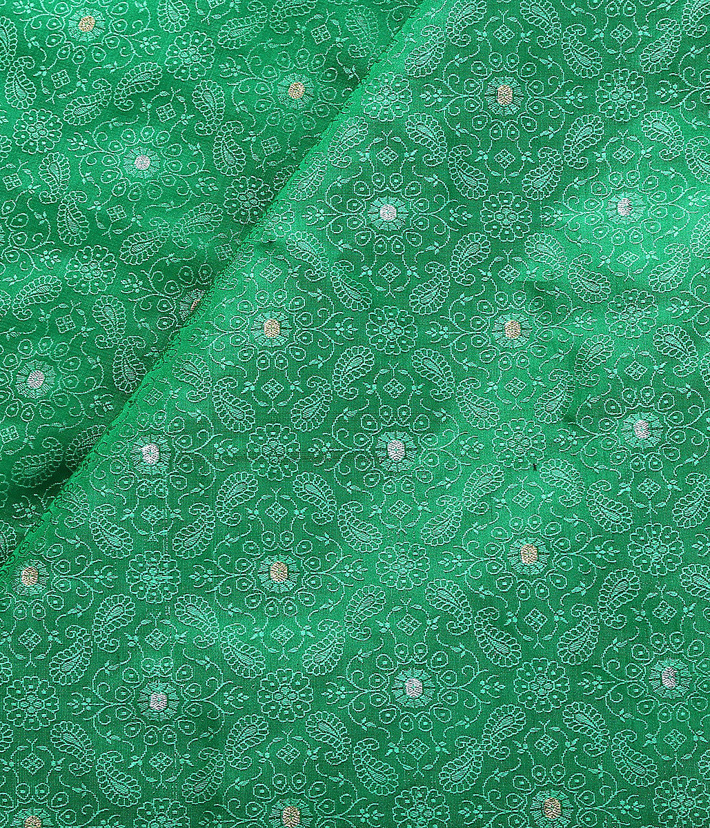 Handwoven Green Tnachoi fabric with zari booti