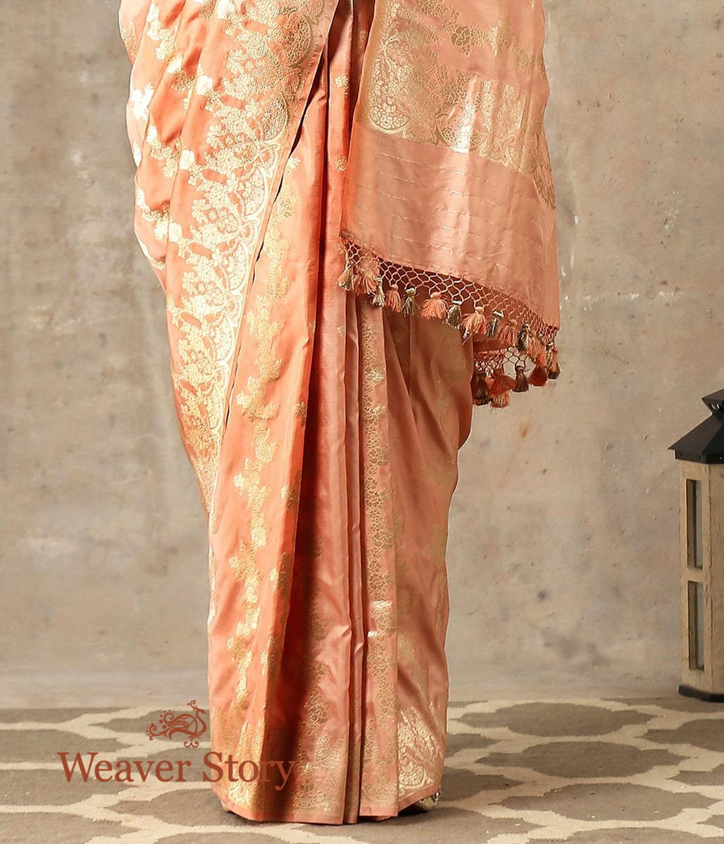 Handwoven Dull Peach Banarasi Saree with Floral Scalloped Border