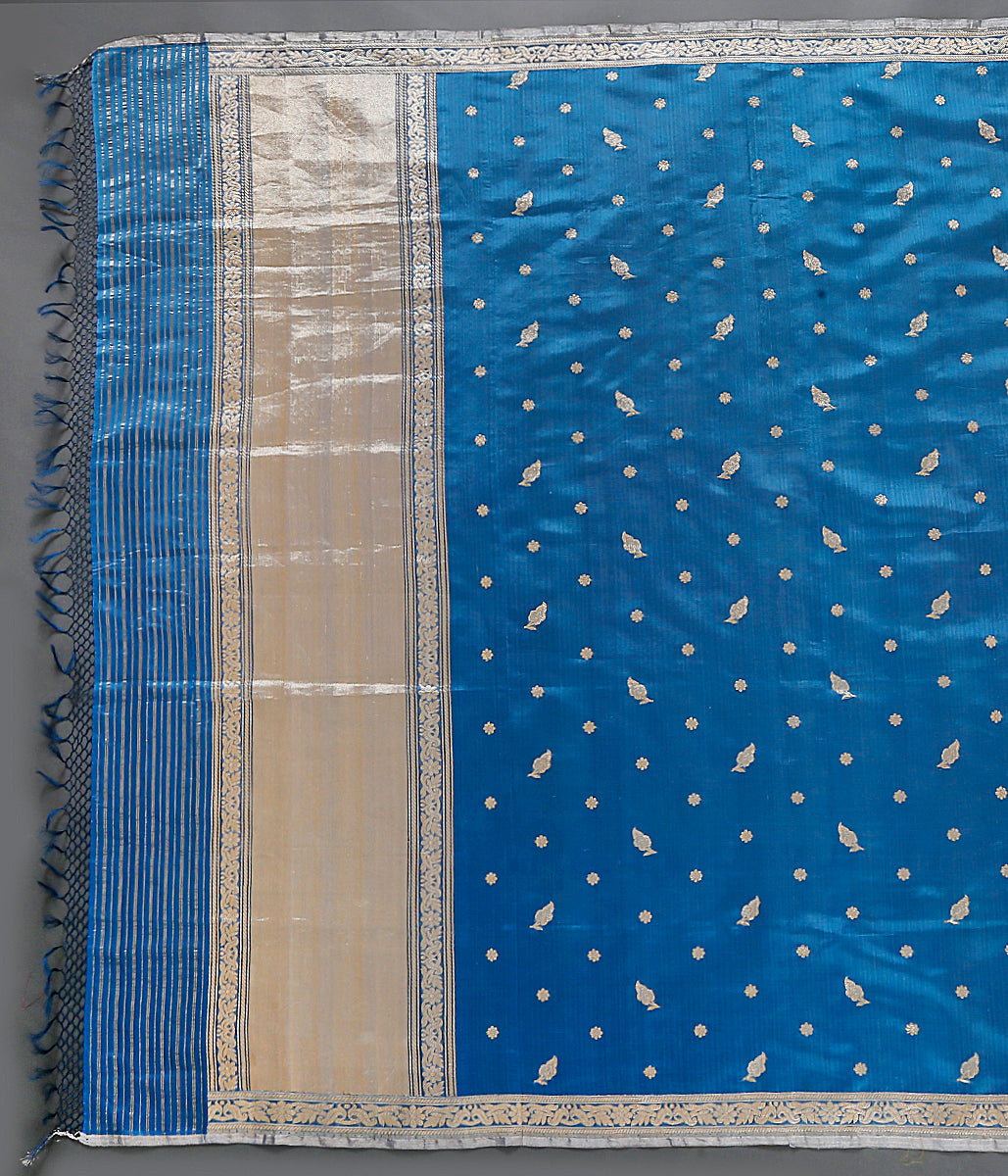 Blue Organza dupatta with kadhwa booti