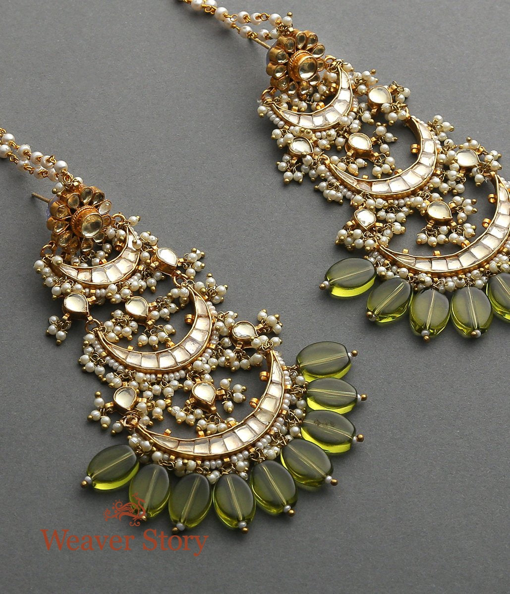 Golden Dangller Earrings with Peridot Stones
