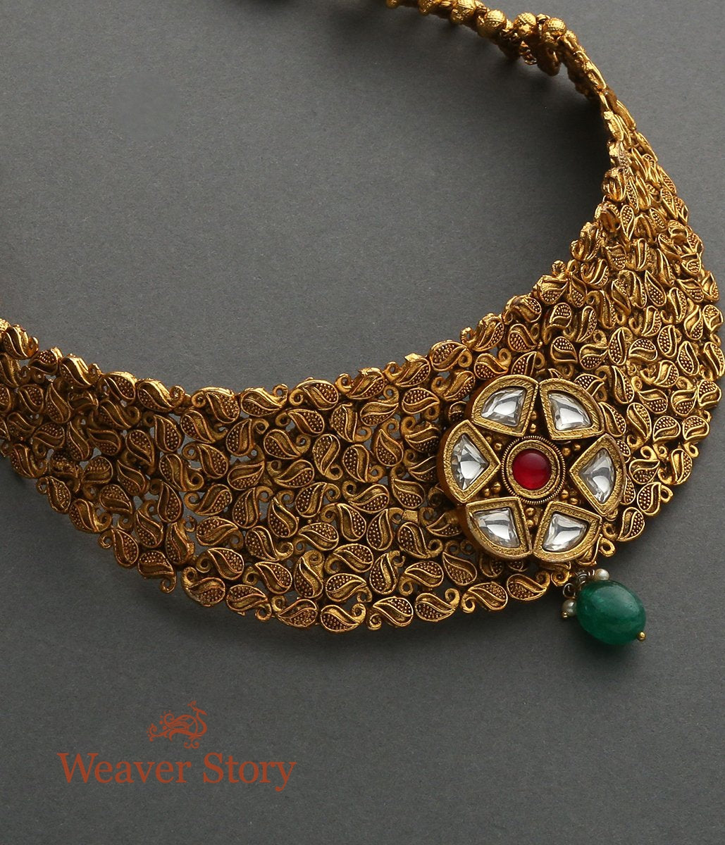 Golden Leaf Choker with Kundan Pendant