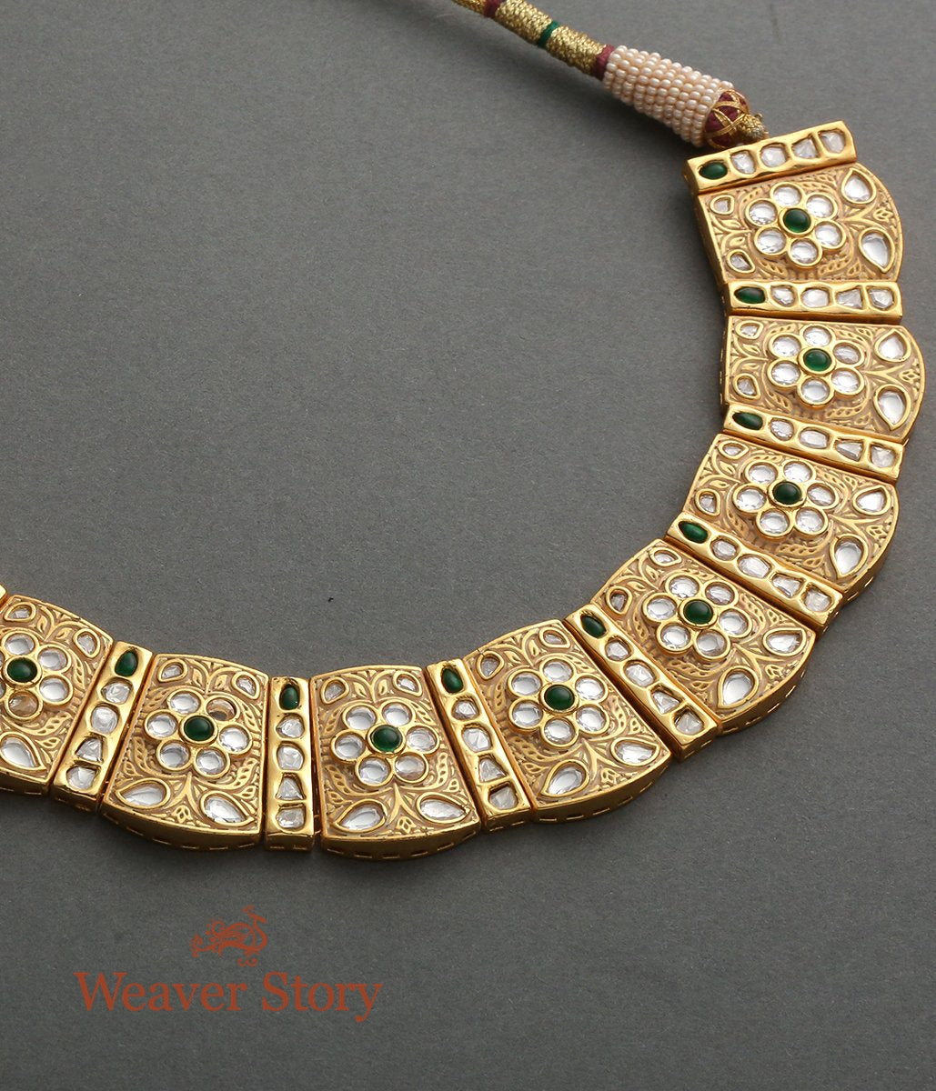 Necklace with a Carved Gold Base with Kundan Setting