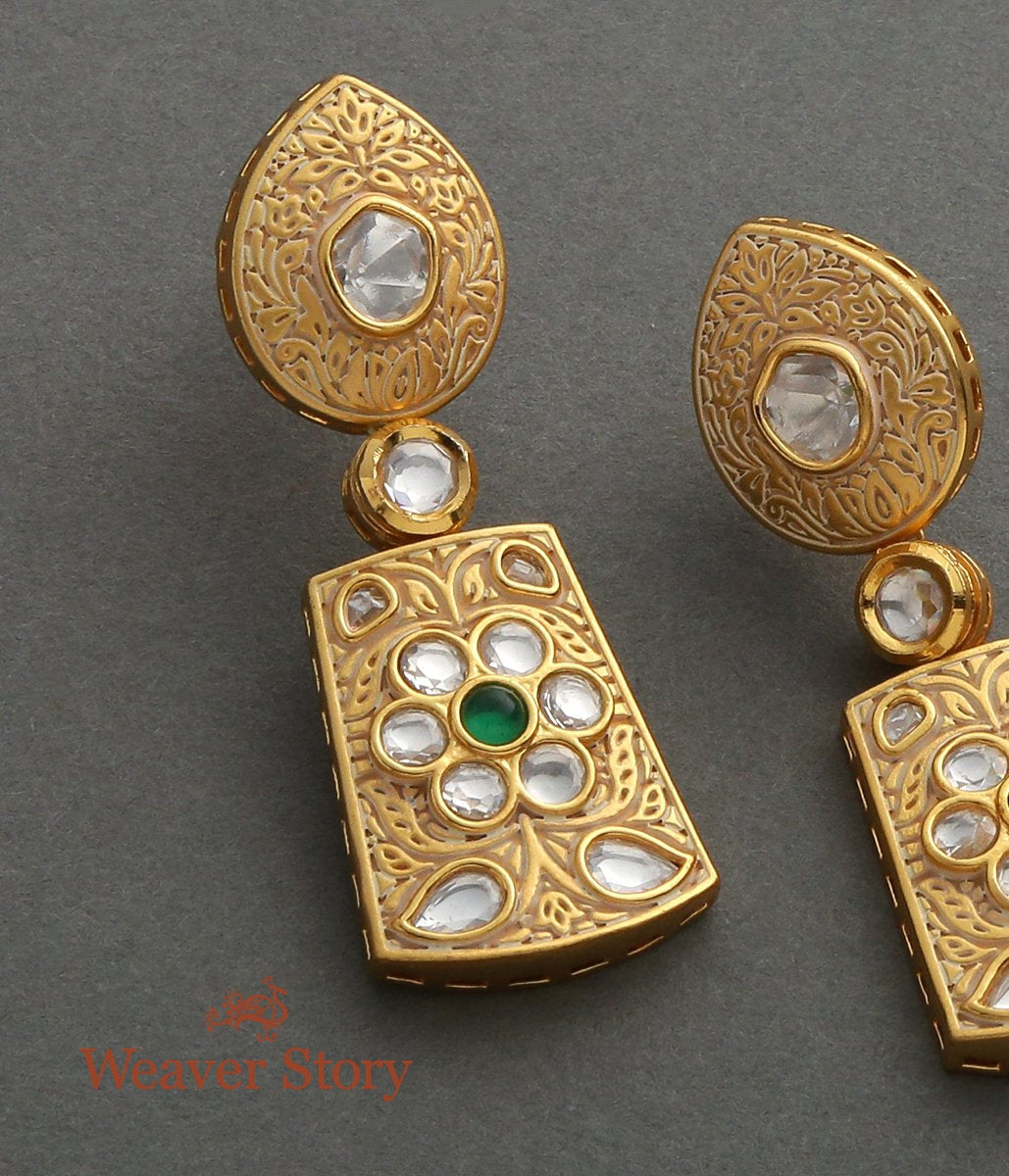 Golden Kundan Carved Base Earrings