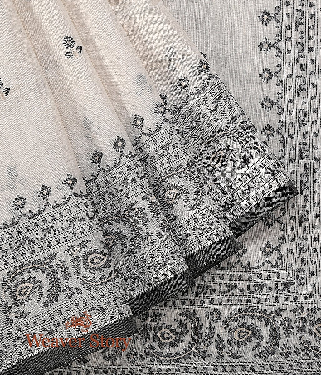 Hand Spun and Hand Woven Pure Cotton Jamdani Saree in White with Black Thread