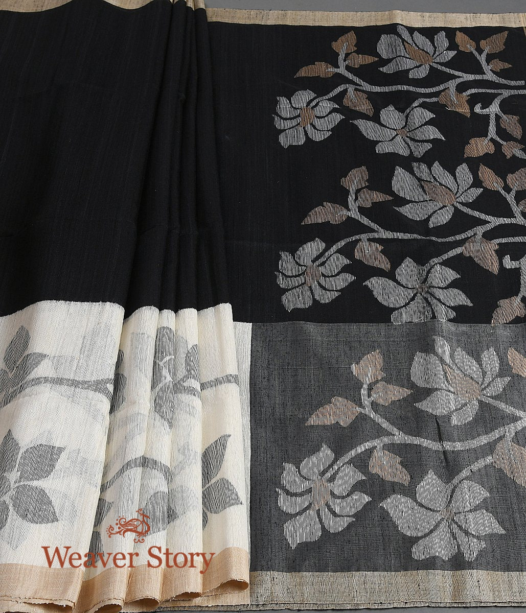 Handwoven Black and Offwhite Matka Silk Jamdani Saree