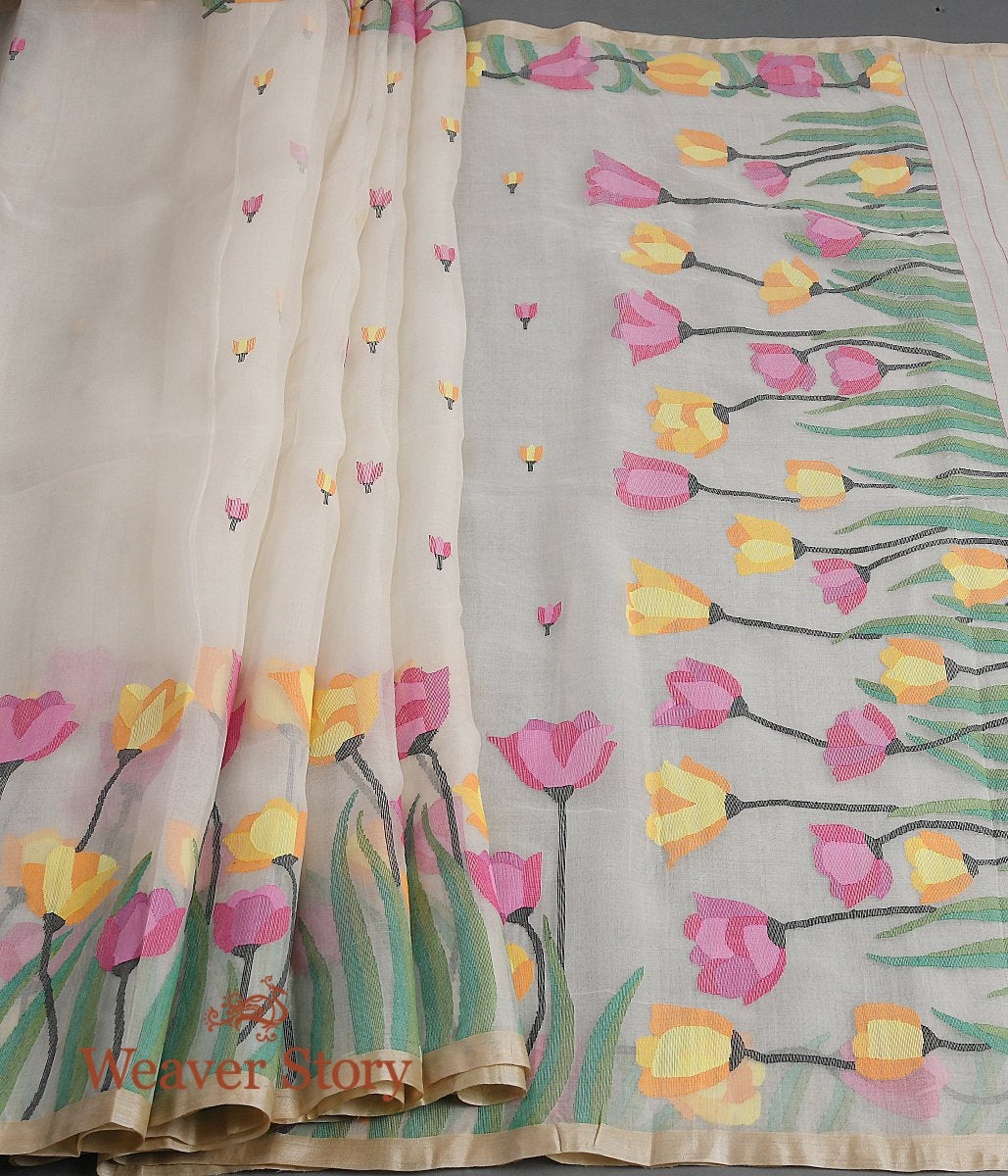 Handwoven Offwhite Muslin Jamdani Saree with Tulips