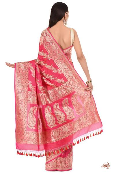 Hot Pink And Orange Shot Color Kadhwa Saree With Traditional Leaf Motif A Heavy Shikargah Border