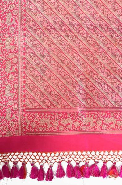 Pink Red Shot Color Kadhwa Shikargah Saree