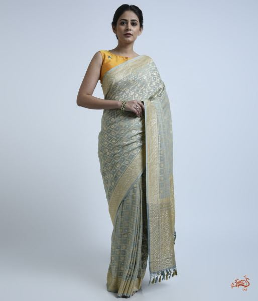 Blue Grey Banarasi Georgette Saree With Checks And Floral Booti Saree