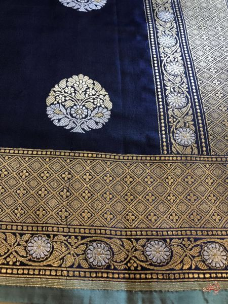Navy Blue With Black Shot Color Kadhwa Banarasi Dupatta Sona Rupa Booti Dupatta