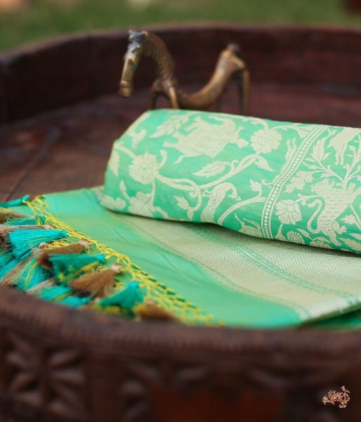 A Beautiful Apple Green Shikargah Dupatta