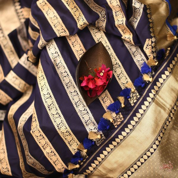 Navy Blue Kadhwa Aada Bel Dupatta In Gold Silver And Munga Thread Weave Dupatta