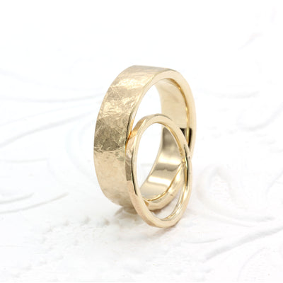 Organic Silk Textured Band | 2mm Wide | Yellow Gold