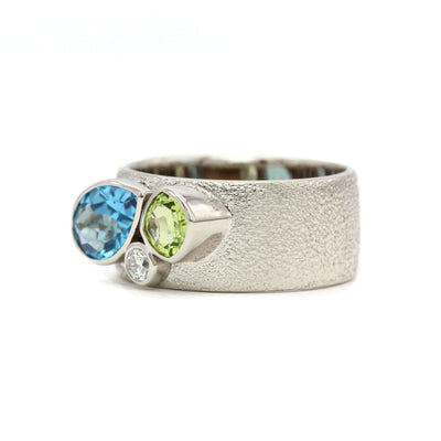Three Stone Mother's Ring - Wide Textured Band