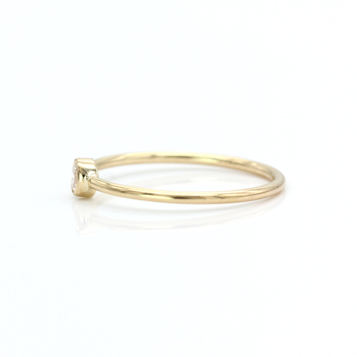 Petite Oval Diamond Ring - Yellow Gold