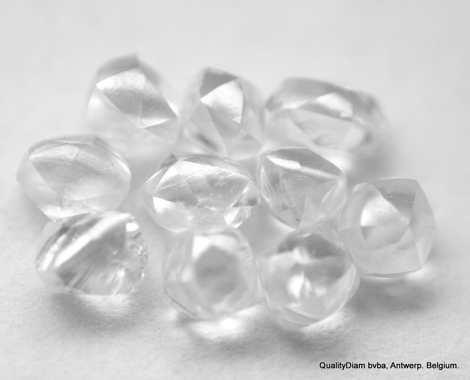 1.23 CARAT High Quality Uncut and Raw Natural Diamonds in Bright White