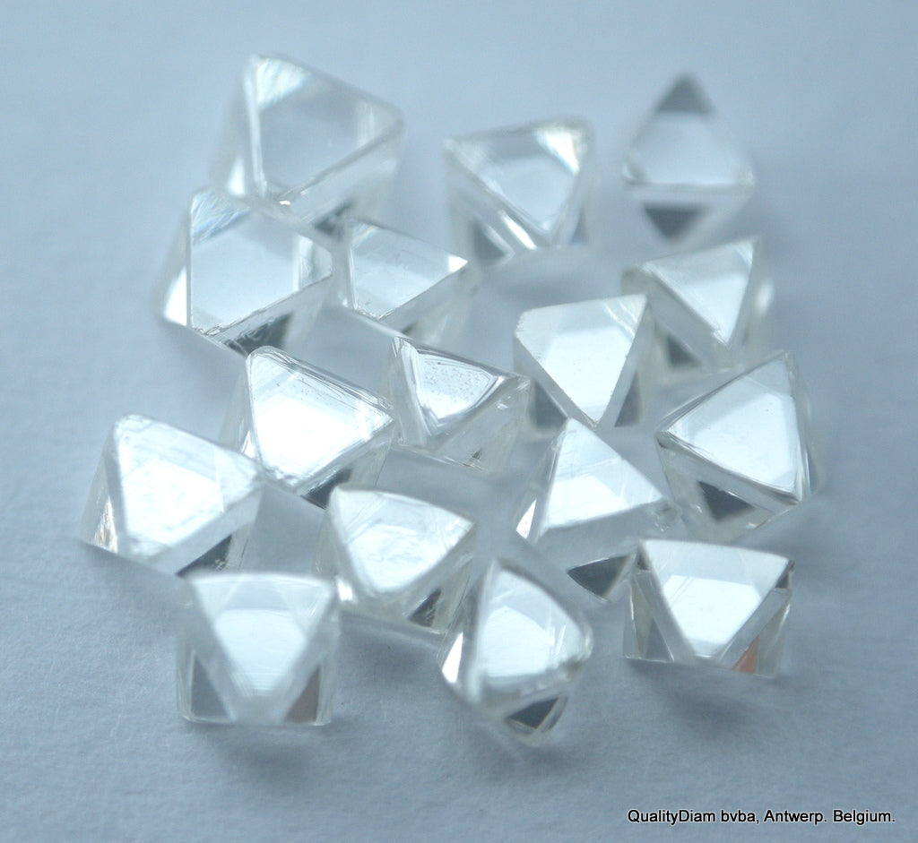 0.92 Carat Exceptional White High Quality Octahedron Shape Natural Diamonds