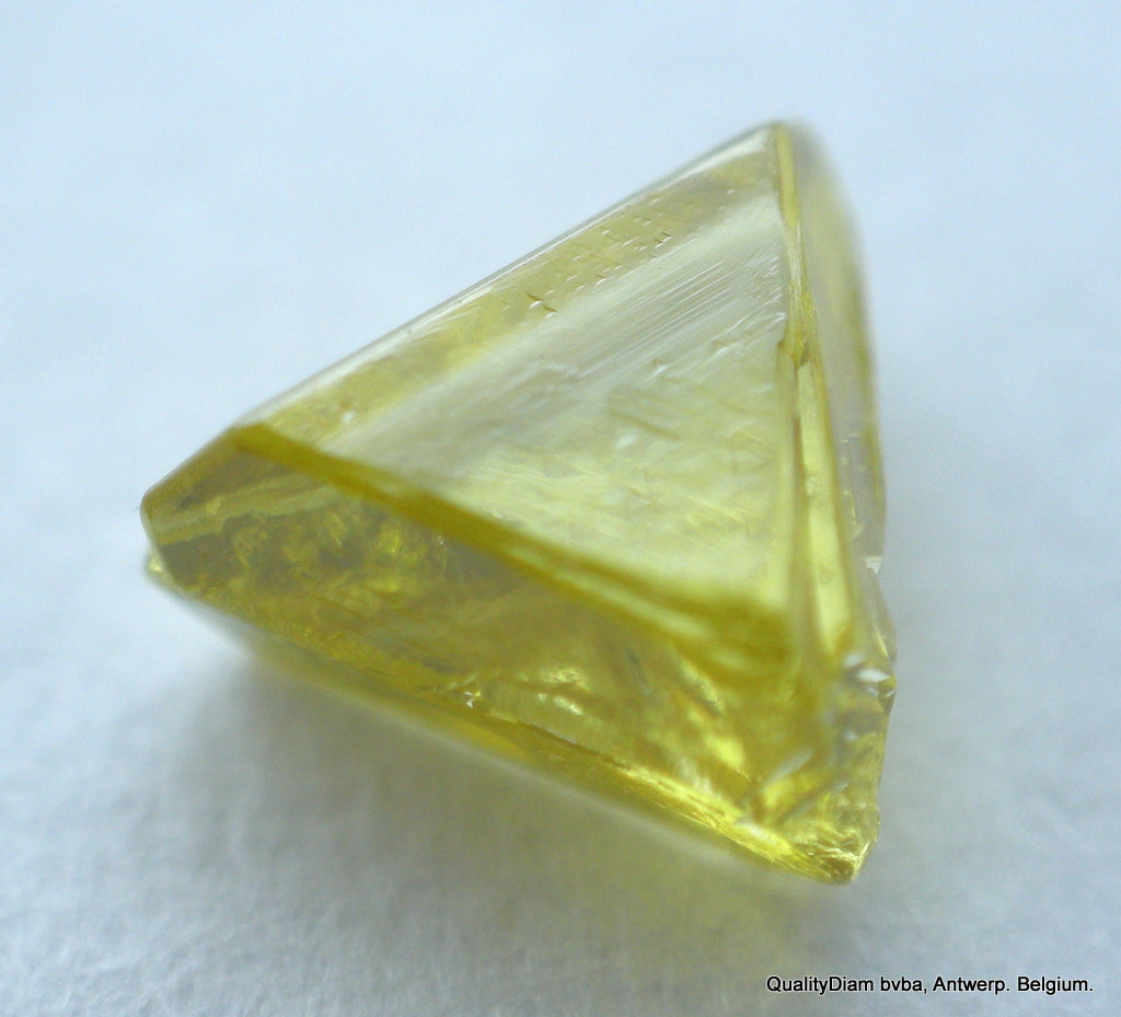 0.24 Carat Vivid Fancy Yellow Beautiful Triangle Shape Natural Diamond