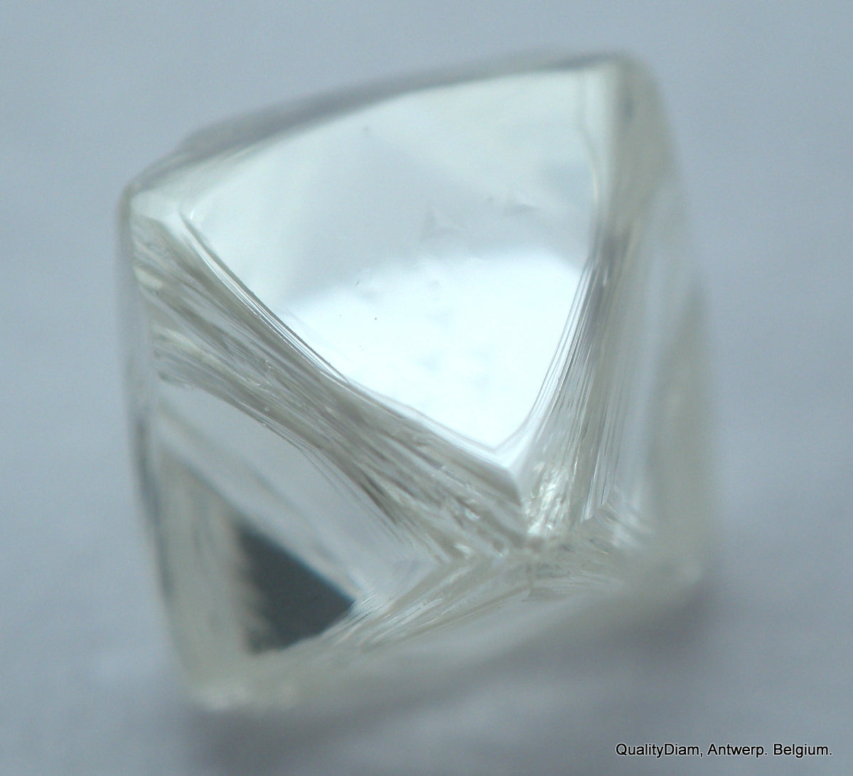 Beautiful diamond out from a diamond mine - High quality diamond  G VVS2 Octahedron