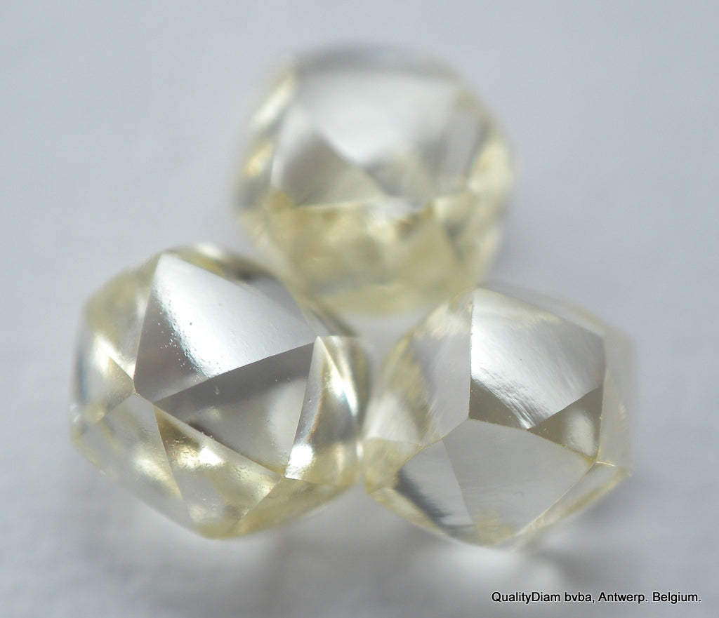 DIAMONDS OUT FROM DIAMOND MINES HIGH CLARITY BEAUTIFUL GEMSTONES.