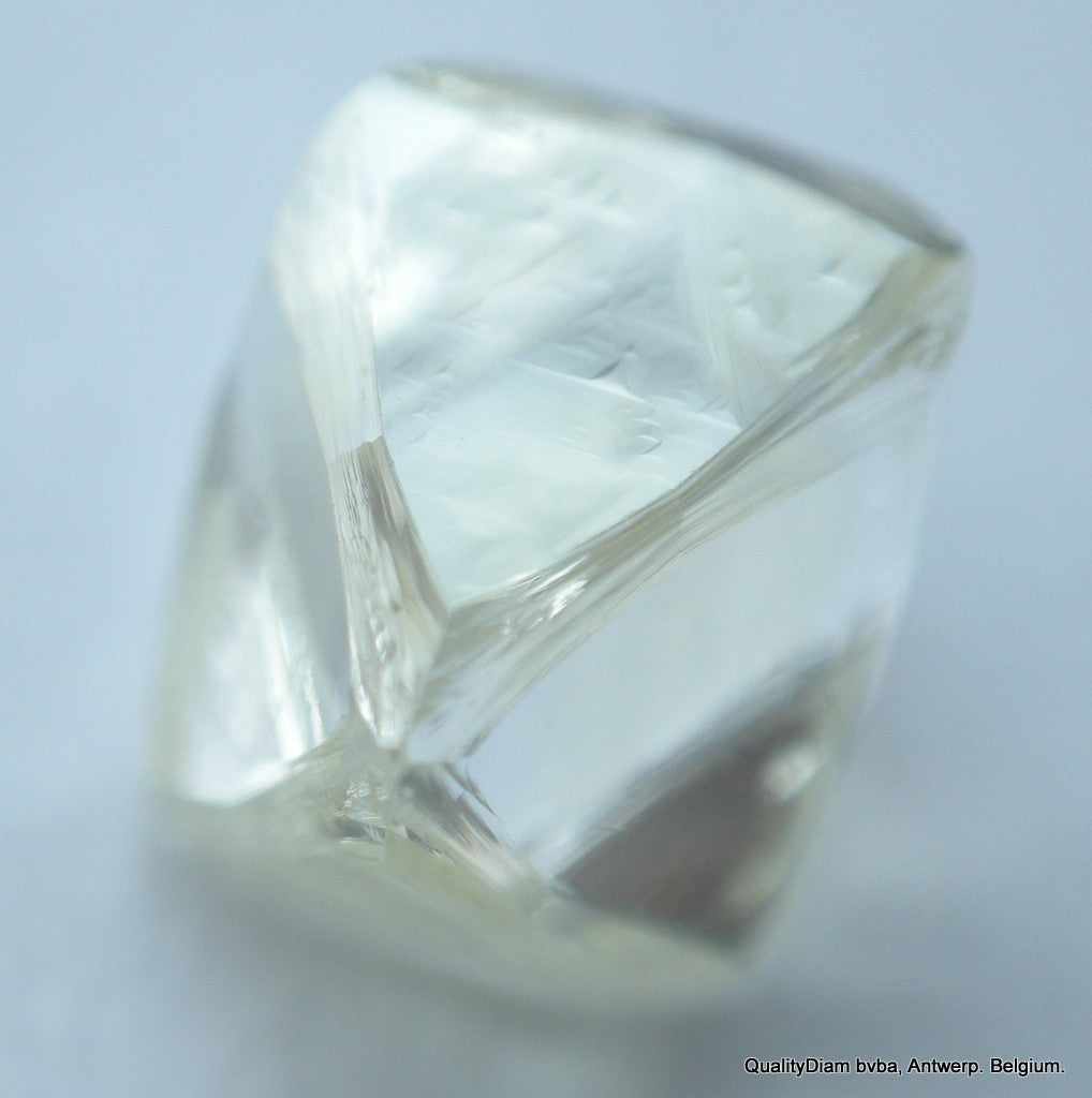 For rough diamond jewelry: 0.91 carat I VVS1 beautiful diamond crystal