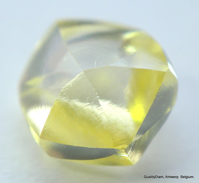 Real is rare: intense fancy yellow beautiful diamond ready to set in a jewel