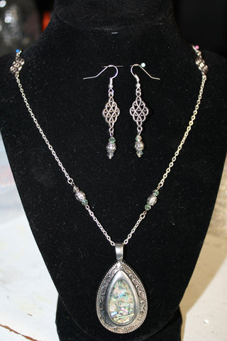 Abalone Shell Pendant Silver Necklace & Earrings - Creations by Tammy - 1