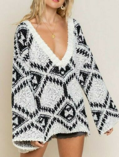 Aztec Sweater Relaxed Fit Large V Neck Pullover Cream Black S M L
