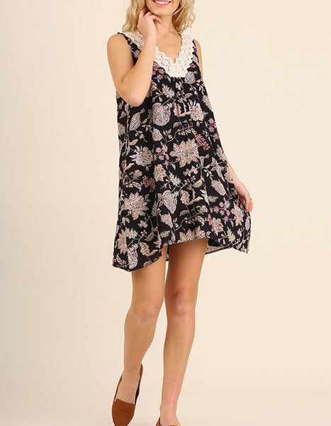 Perfect Day Floral Shift Dress Floral Print Lace Detail Navy Floral Print S M L