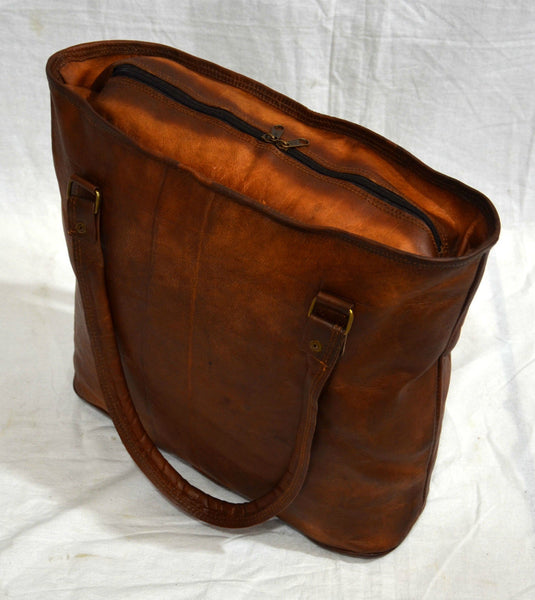 Leather tote bag  for women, showing zip top