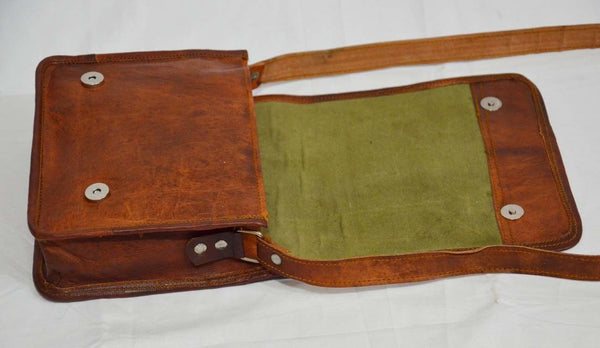 "Vintage Leather Messenger Bag with Traditional Design 9"" x 7"" x 2.5"""